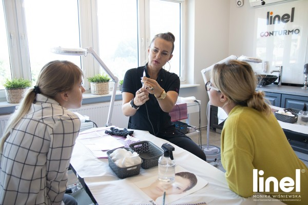 szkolenia linel tarnowskie góry brwi ombre makijaż permanentny monika wiśniewska